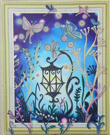 Lampa med fjärilar
