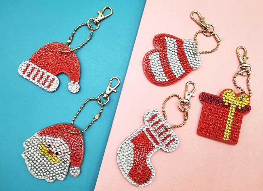 nyckelringar med julmotiv