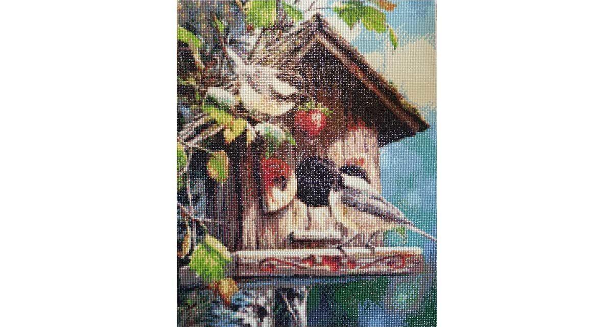 Fåglar med jordgubbe